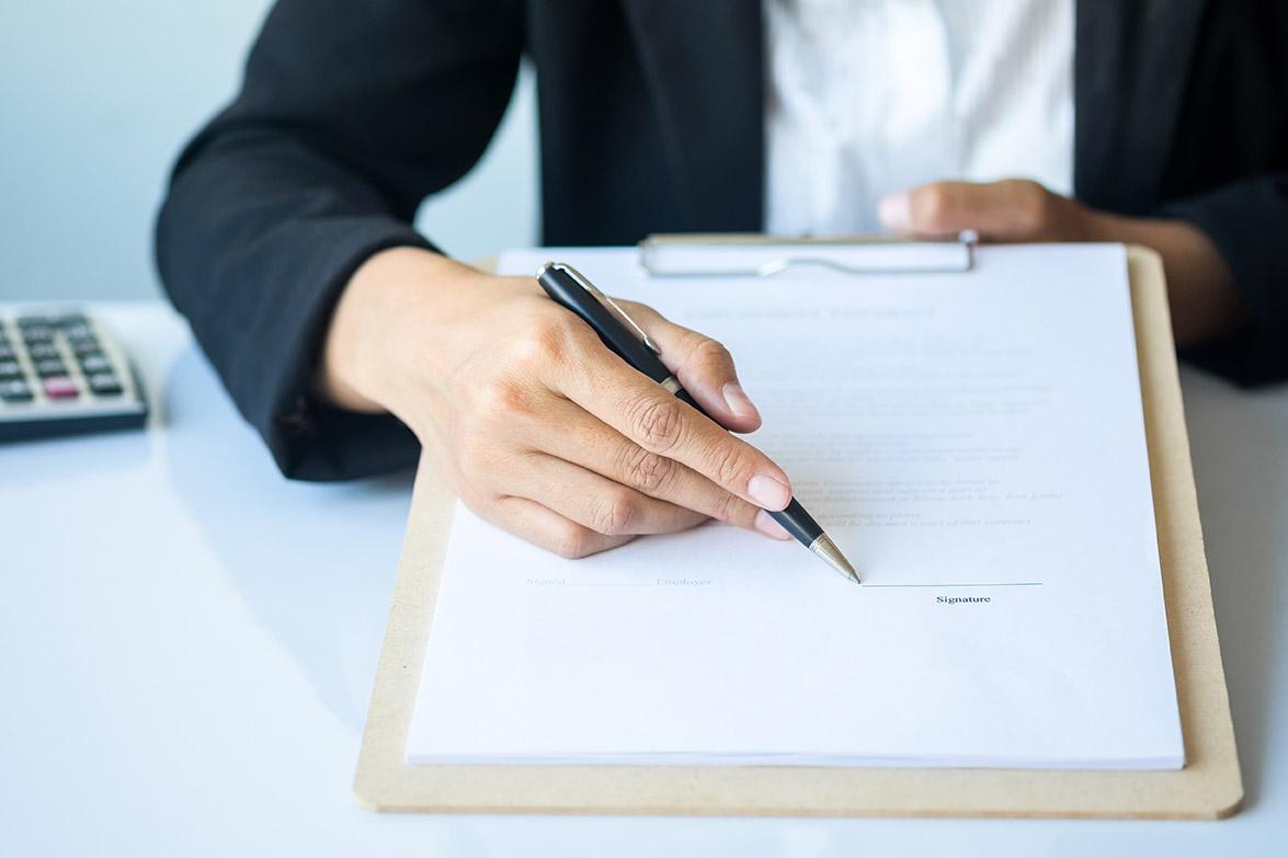 Tipos de contrato laborales y mercantiles